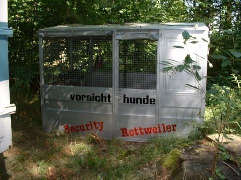 transportabler hundezwinger f r gro e hunde. Black Bedroom Furniture Sets. Home Design Ideas