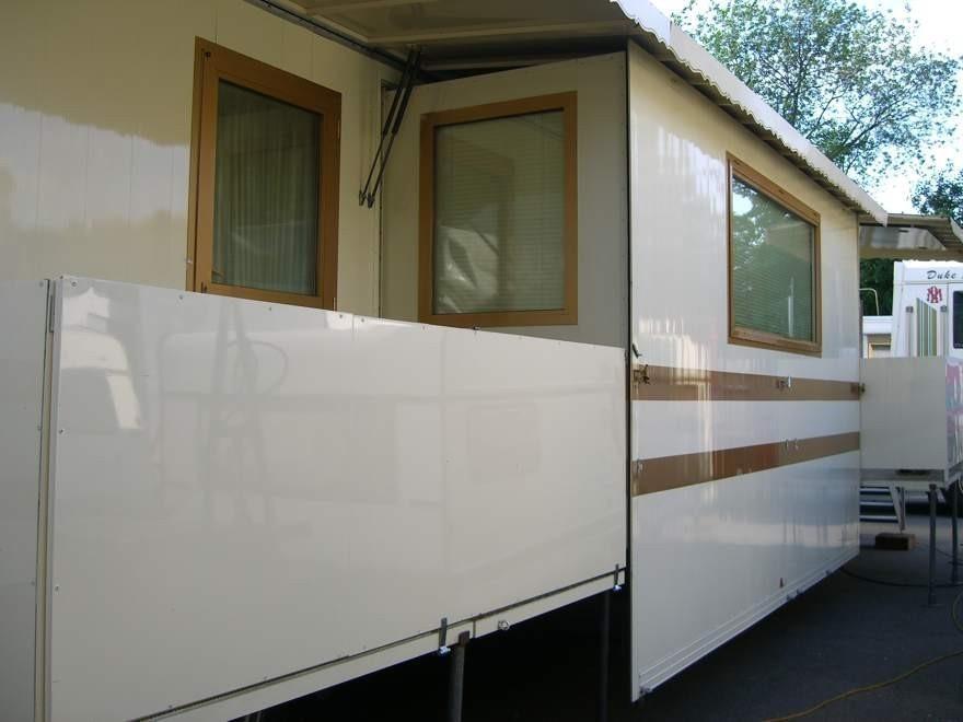 Verkaufe fabrikwohnwagen moderne bauweise for Moderne bauweise