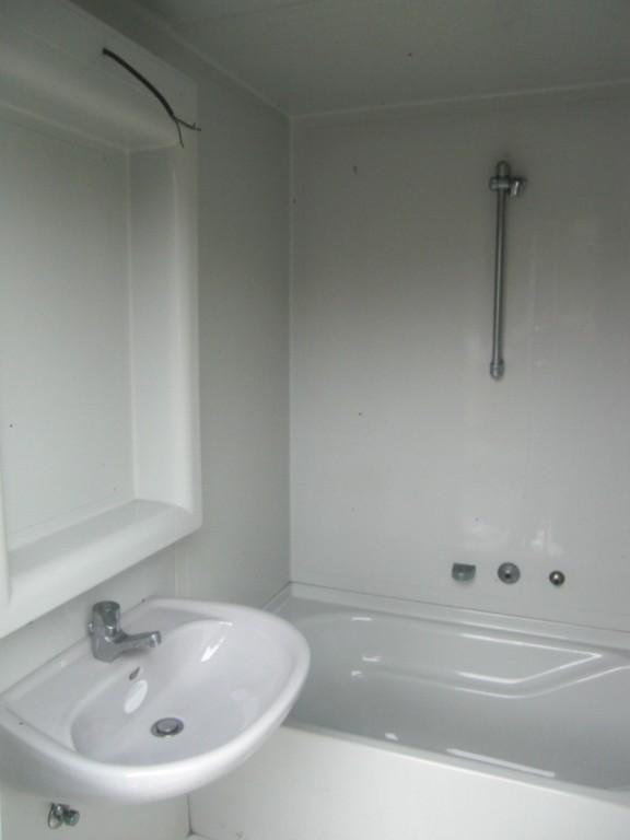 bade wc zelle aus polyester. Black Bedroom Furniture Sets. Home Design Ideas