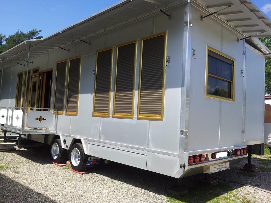 exclusiver wohnwagen ohne kinderzimmer. Black Bedroom Furniture Sets. Home Design Ideas