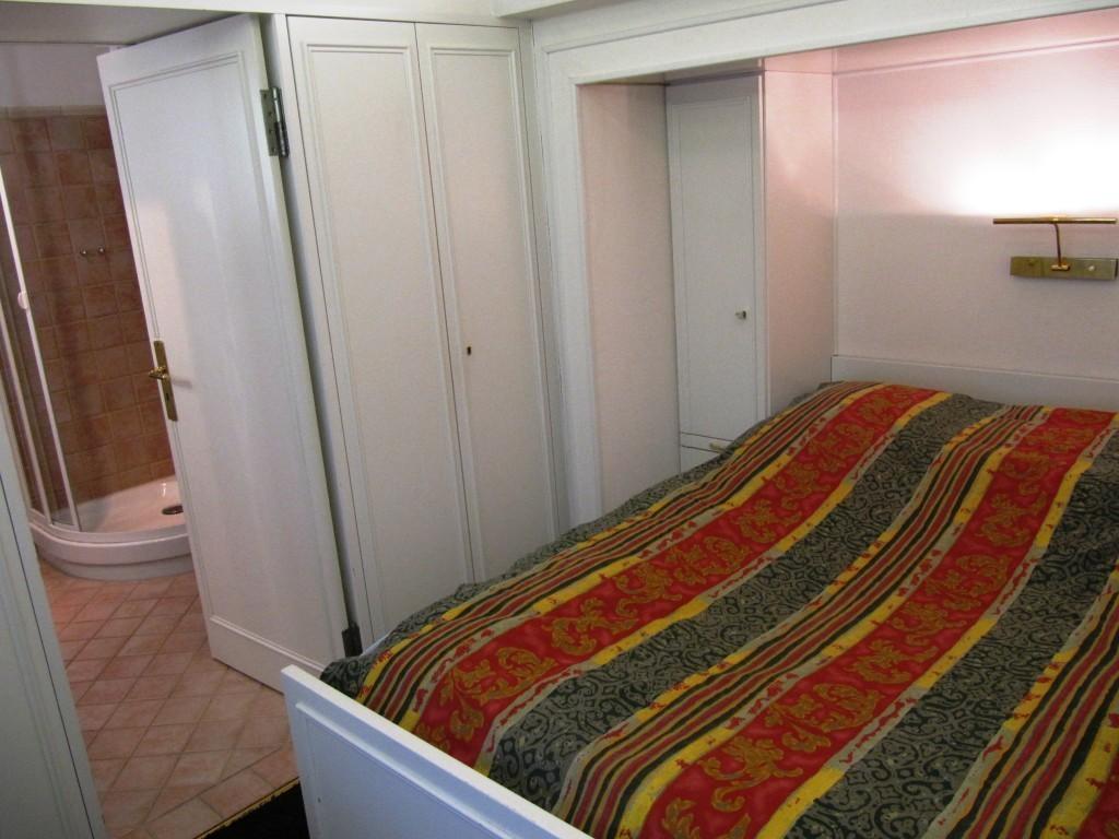 dietz wohnwagen mit kinderzimmer. Black Bedroom Furniture Sets. Home Design Ideas