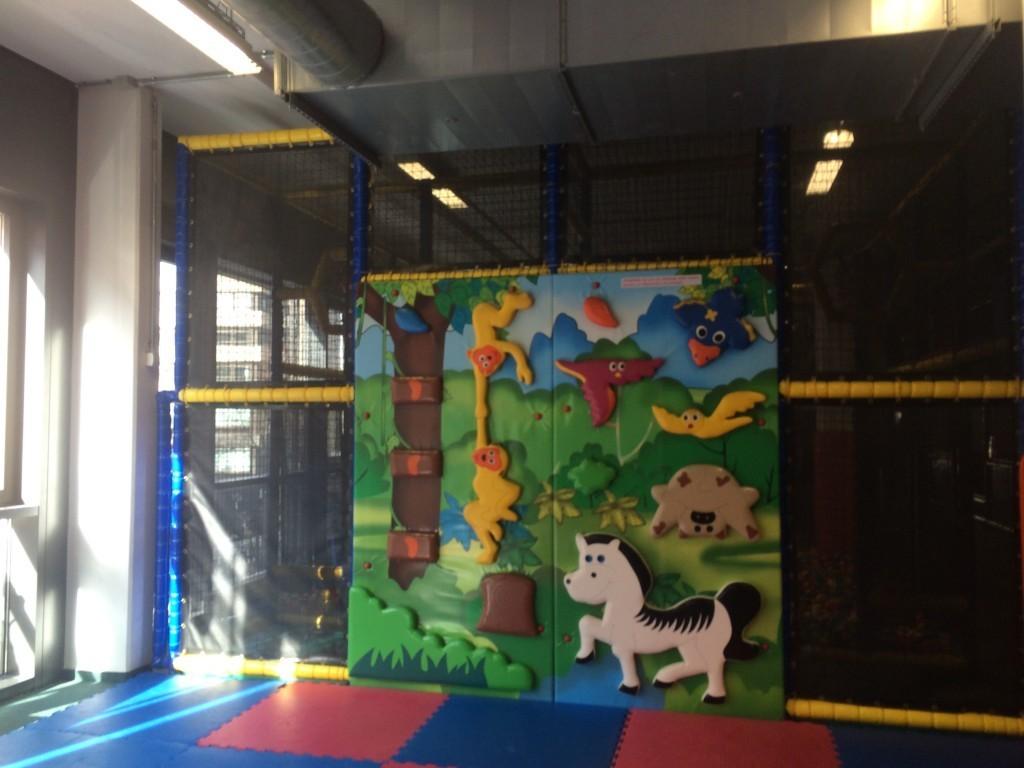 Klettergerüst Baby : Klettergerüst indoorhalle indoorspielplatz hallenspielplatz