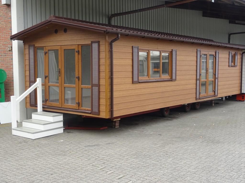 mobilheim 1 schlafzimmer extra isolierung. Black Bedroom Furniture Sets. Home Design Ideas